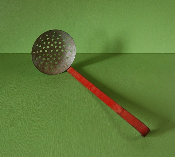 Vintage ice skimmer ice fishing scoop for Ice fishing scoop