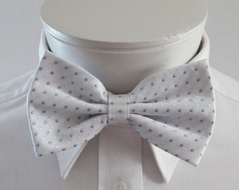 Mens Bowtie White With White And Silver Dots Pre Tied Bow Tie