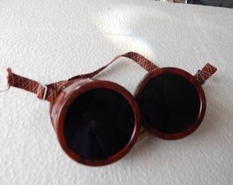 Bakelite Welding Glasses
