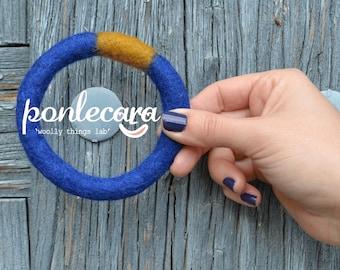 felted bracelet AM I BLUE? -bracelets of wool (2 tone)