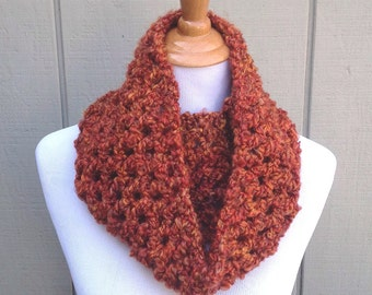 Infinity scarf - Fall Crochet cowl - Womens circle scarf - Teens neck warmer - Chunky crochet scarf