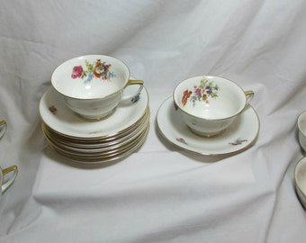 "Vintage H & C China ""Heinrich"" Pattern  Six Teacups and 8 Saucers, U.S. Zone, Bavaria - Germany, 1940's"