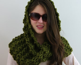 Hand-knitted Chunky Twisted Infinity Cowl Scarf in Olive Green