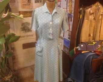 1940s Polka Dot Rayon DayDress sz M in Exellent Condition