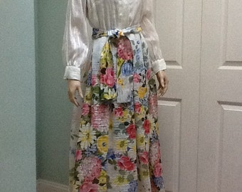 "Maxie Floral,Size M, by ""Avlon Classics""~Cotton Maxie"