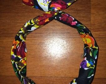 Bandeau chouchou chignon bunny headband foulard de tête accessoire cheveux wax fleurs liberty tissu africain imprimé multicolore headwrap