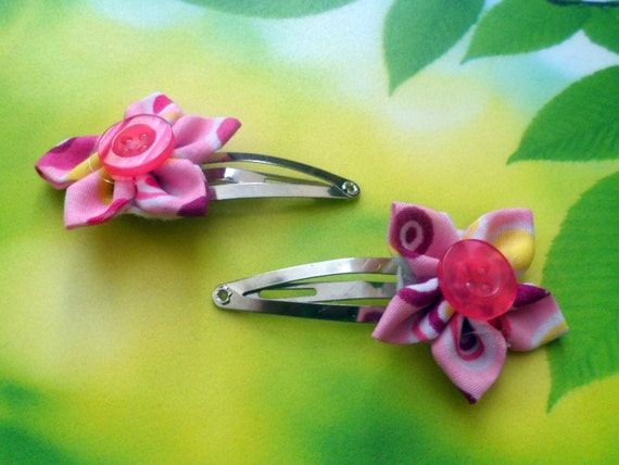 Pair of Pink, Spotty, Kanzashi Flower Hair Clips