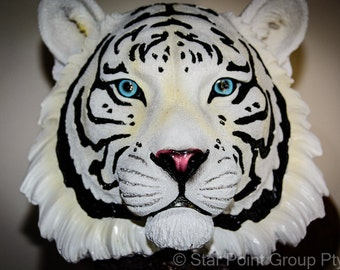 White Bengal Tiger Bust DWK Statue Figurine Decoration