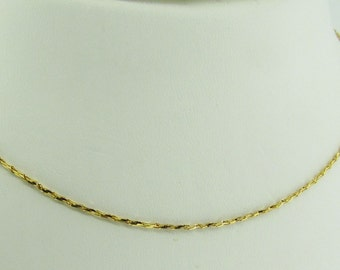 "Made in Italy. 14 K gold thin necklace chain 20"" long."