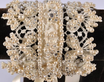 pearl and lace vintage style bridal cuff/bracelet, wedding jewellery