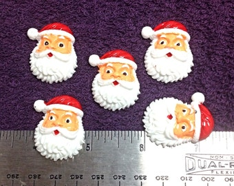 5 Santa Claus Resin Flatbacks