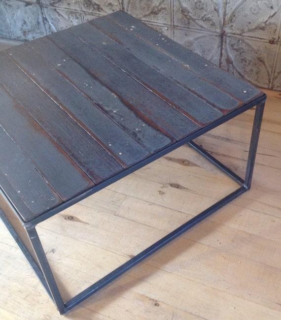table basse avec lame de parquet. Black Bedroom Furniture Sets. Home Design Ideas