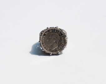 George VI . Vintage Soverign ring. Silver                  Us  Size 5  .      Uk Size J.5