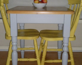 Sold dining table and chairs cottage style farmhouse table for Yellow farmhouse table