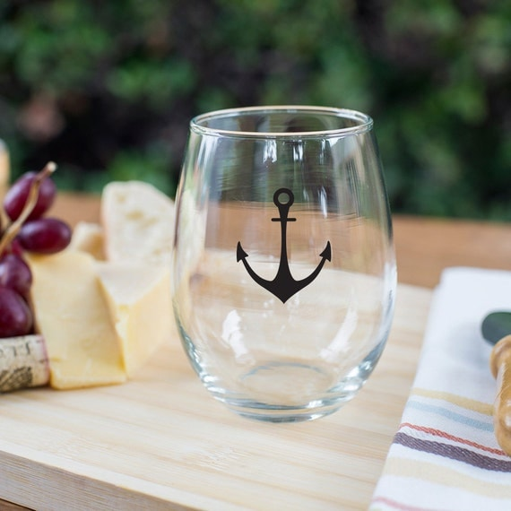 Personalised Wine Glasses Wedding Favors : favorite favorited like this item add it to your favorites to revisit ...