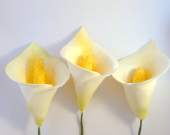5 count Gumpaste Calla Lilies, Sugar Flowers, Wedding Cake Accents