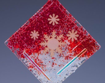 Ornament-Snowflakes - Red, White, Green