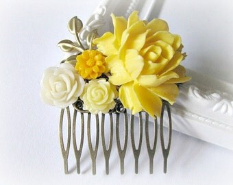Flower Collage Hair Comb, Wedding Bridal Flower Hair Comb, Bridesmaid Hair Comb, Yellow Hair Comb, Lemon Yellow, Egg Yolk Yellow