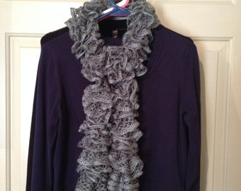 Boutique Sashay Gray-Ruffle Scarf