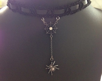 Black Lace Spider Choker