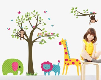Colorful Animals wall decal - Tree, Owls, Birds - Nursery wall sticker - Kids room decor