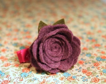 wool felt flower clip