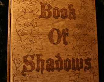 Book of Shadows Wooden Ring Binder with approx 150 sheets of 80gsm paper - FREE UK SHIPPING!