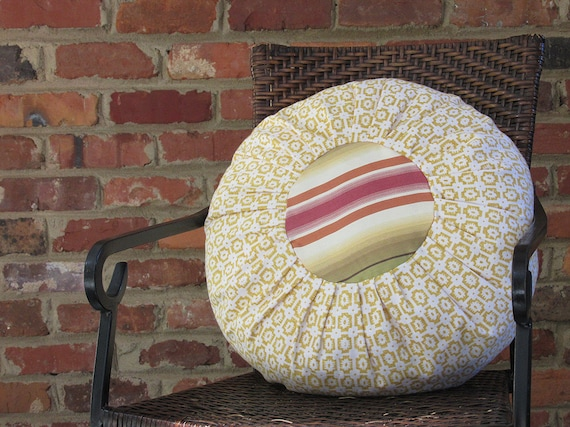 Gold Round Throw Pillow : Items similar to PILLOW SALE Accent Round Pillow -Gold Pattern and Stripe-Interrior accent ...