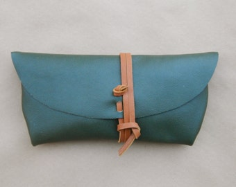 Simple Leather Clutch - Pine/Brown