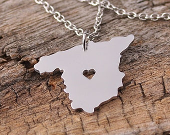 I heart Spain Necklace - Spain Pendant - Spain Country Charm - Map necklace - Map Jewelry