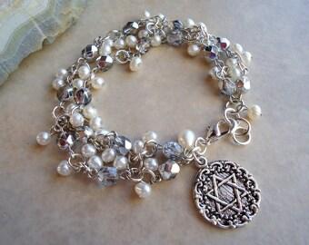 Star of David Cluster Pearls Charm Bracelet.Metal plated in Sterling Silver.Beadwork.Judaica.Hanukkah.Bat-Mitzvah.Gift.Bridal.Handmade.