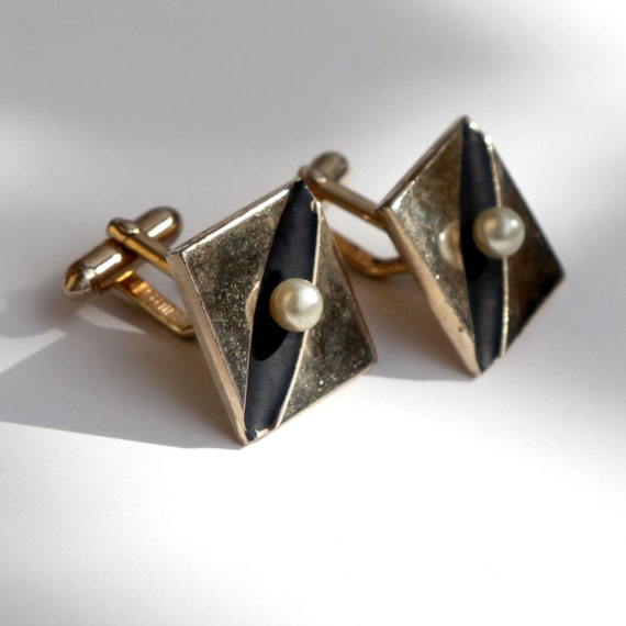 Swank cufflinks gold tone and matte black and round pearl for What is swank jewelry