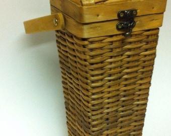 Vintage Wicker Wine Basket / Wicker Basket / Wine Basket / Wine Holder / Wine Box /