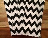Black and White Chevron cloth Napkins- Set of 2 or 4