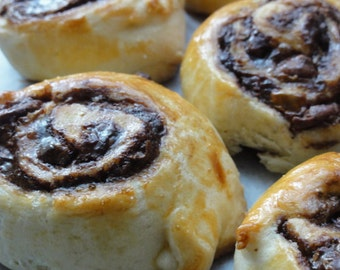 6 pieces pastries,chocolate  buns ,ultimate chocolate buns,rich  chocolate bun,holiday pastries,chocolate babka buns,chocolate rolls