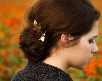 Gold Leaf Hair Pins Leaf Bobby Pins Pretty Woodland Fall Hair Accessory Gold Leaf Hair Clip Bridal Hair Pins Autumn Hair Gift For Her