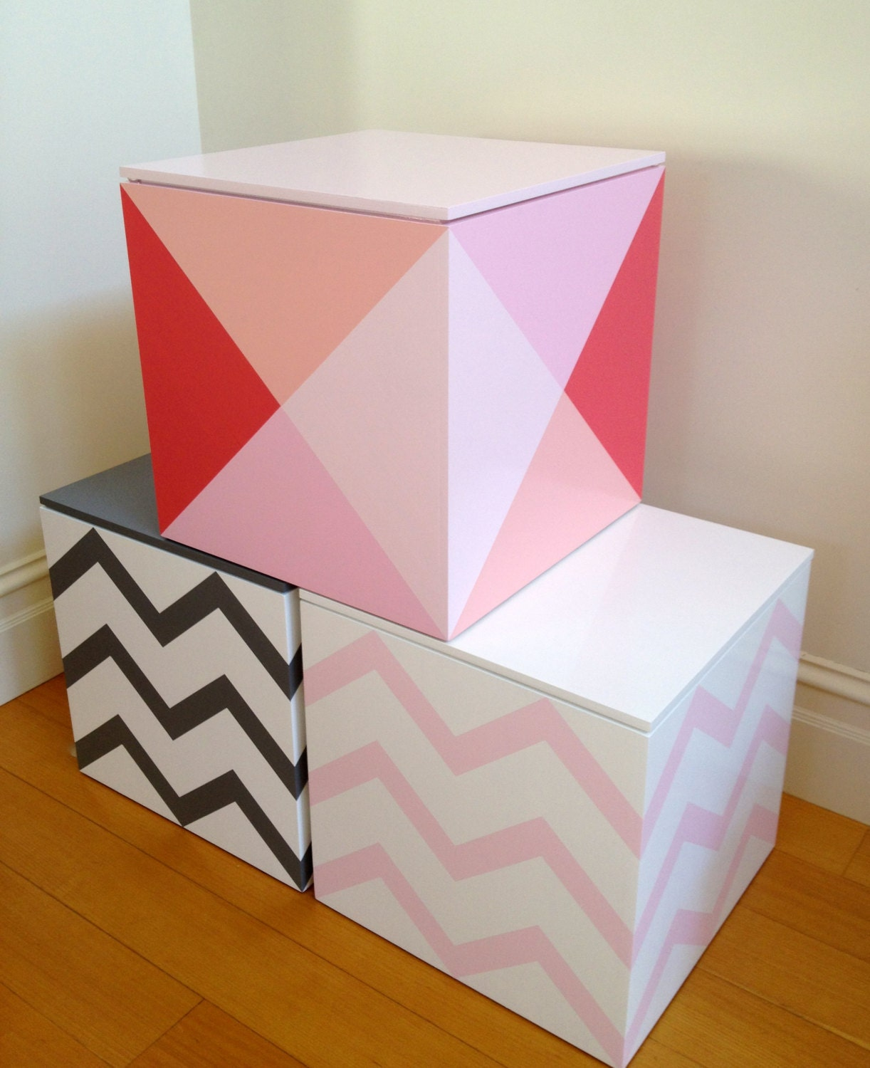 REDUCED Toy Cube Pink Diamond Toy Box Toy Storage Toy