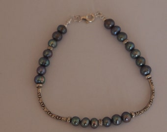 Sterling Silver Bracelet with Gray Fresh Water Pearls