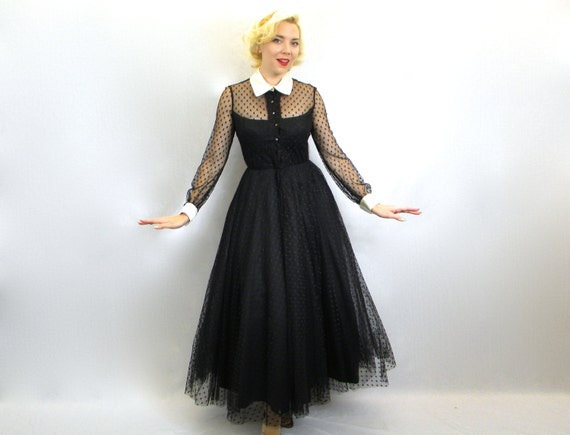 vintage ann es 50 robe de soir e tulle noir avec creme satin. Black Bedroom Furniture Sets. Home Design Ideas