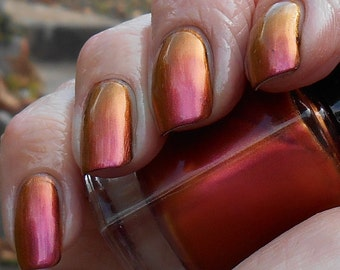Grace copper to pink/red multichrome polish