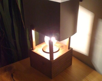 Industrial Look Pallet Wood Lamp with Aluminum Shade