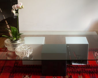 Table of Center in steel painted and Glass laminate, table of design, made in Spain