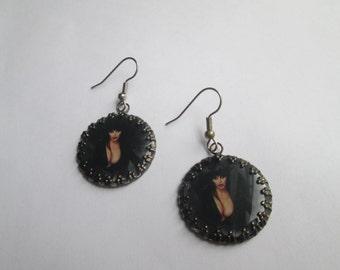 Clip Art / Cameo Earrings/ Elvira  / Item B029