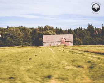 Old barn Print, travel print, roadtrip, Travel mood