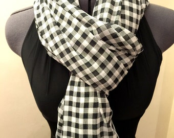 Checkered Black and White Scarf