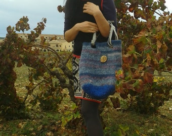 handcrafted felt bag from 100 percent Icelantic wool