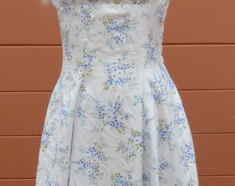1950's Vintage Floral Polished Cotton Fitted Summer Dress