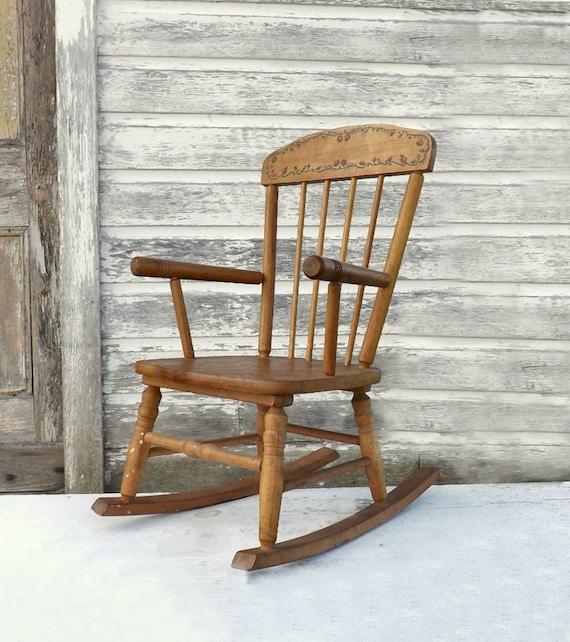 vintage wooden child 39 s rocking chair 1940 39 s red. Black Bedroom Furniture Sets. Home Design Ideas