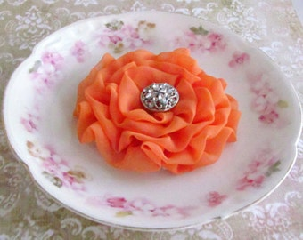 Light Orange Flower Hair Clip.Pin.Bridesmaid.brooch.Cantaloupe Flower Hair Clip.tangerine. nectarine.Light Orange Headpiece.Orange Flower