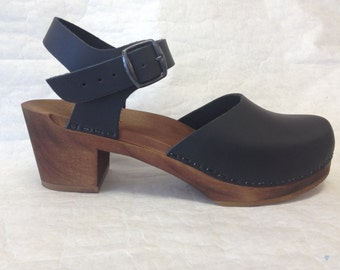 Black oiled on brown Medium heel Dalanna with buckled ankle strap